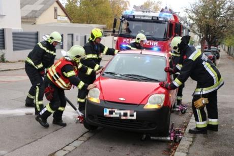Fahrzeug behindert nach technischem Defekt den Verkehr